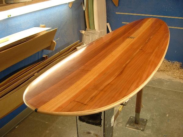 hola triangulero entiendo que surfeas en la triangu o sea que seguramente habremos coincidido te pongo esta tabla quizas sea la mas bonita que yo haya